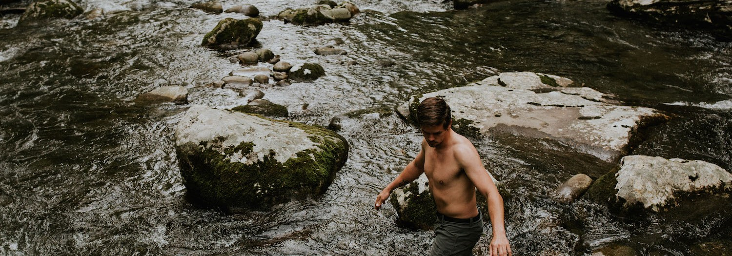 Hiking in the Smokies | Tennessee