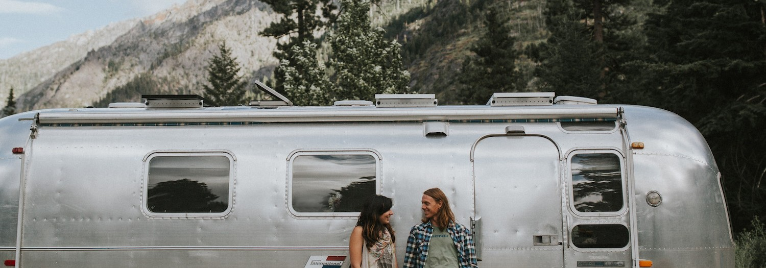 Gabi + Brandon |Airstream Session in Leavenworth, WA