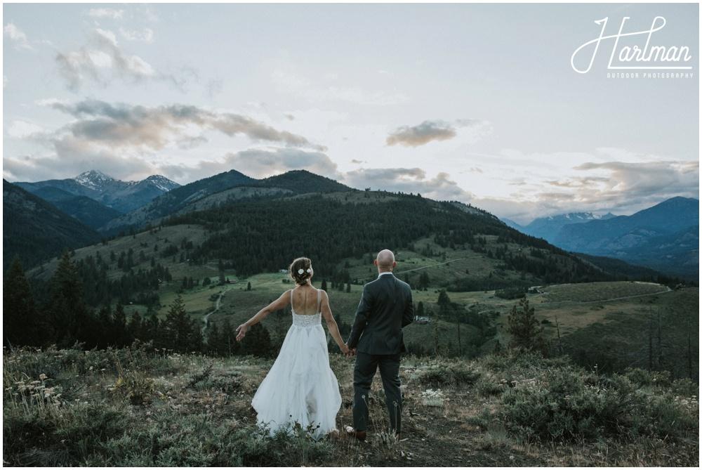 Rock climber bride and groom _0098