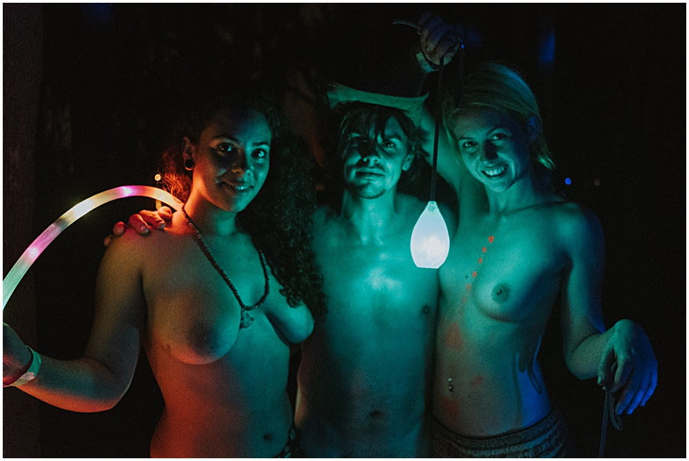 Naked Photographer Josh Hartman