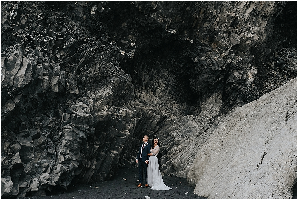 Reynisfjara beach elopement photographer