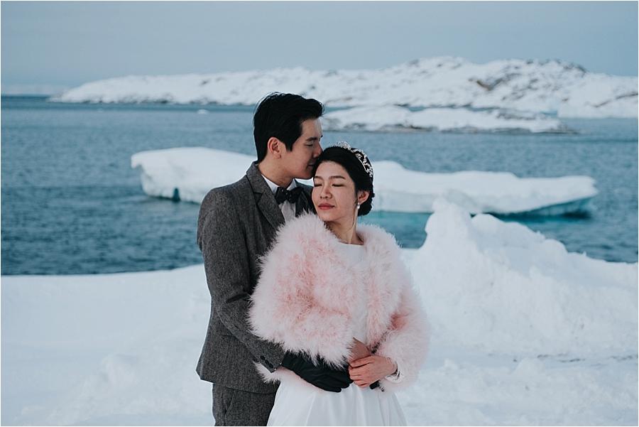 winter themed wedding photos