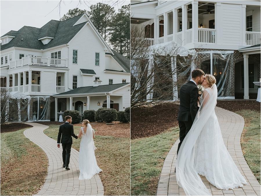Oaks at Salem wedding ceremony