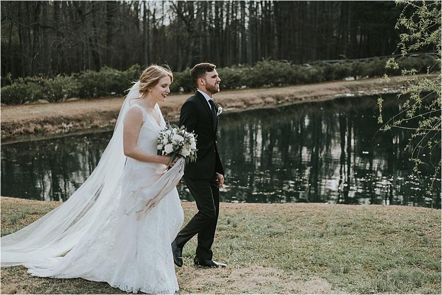 modern Raleigh wedding photography