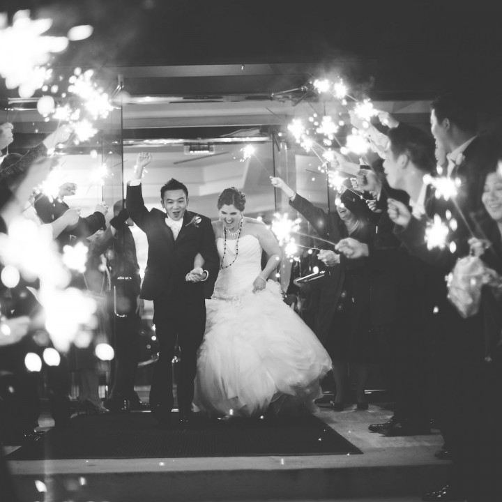 Tips for Your Wedding: Sparkler Send-Off