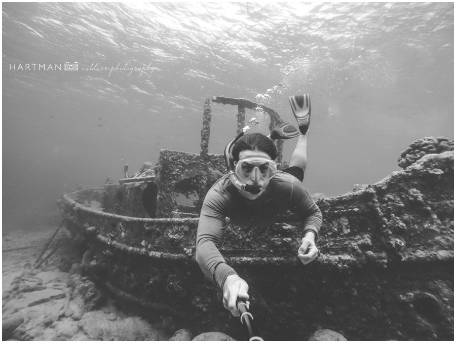 underwater scuba Wedding Photographer 002826
