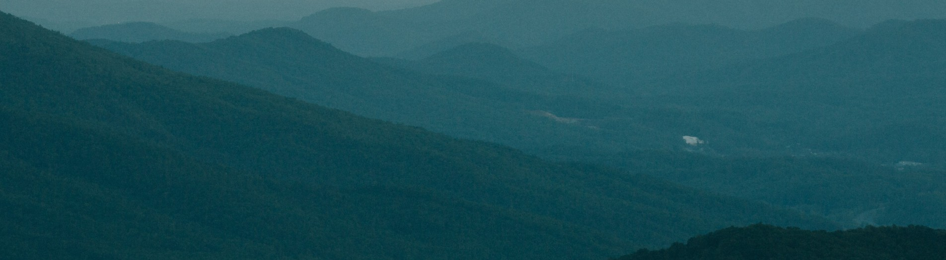 Hawksbill Mountain + Linville Gorge Wilderness | North Carolina