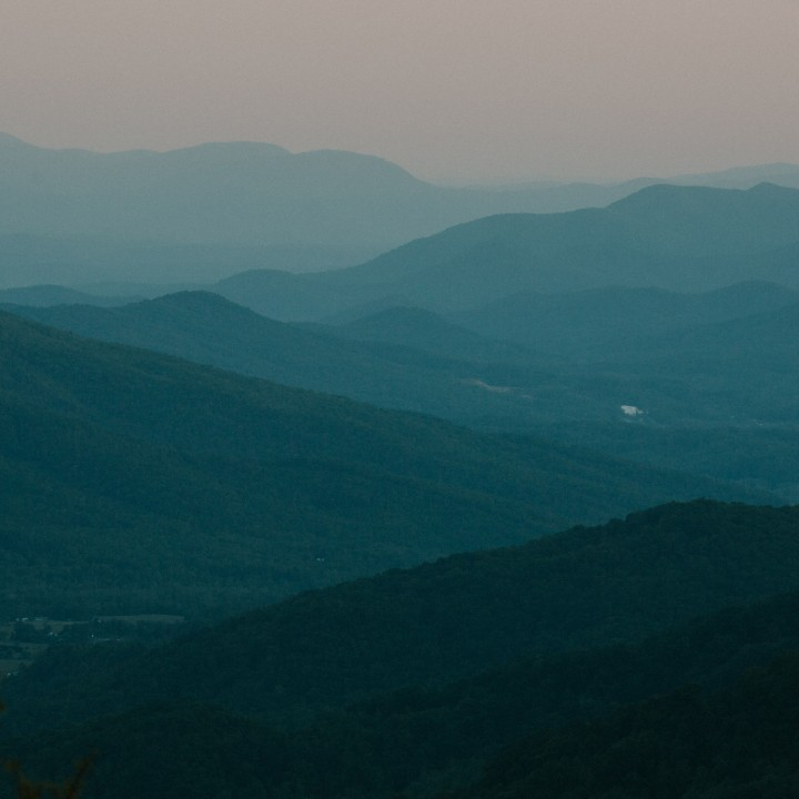 Hawksbill Mountain + Linville Gorge Wilderness | North Carolina