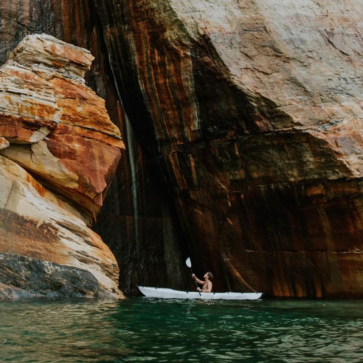 Michigan | Kayaking Pictured Rocks National Lakeshore