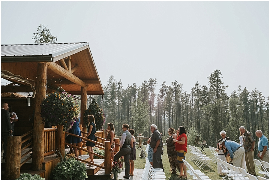 Logan Pass outdoor elopement venue