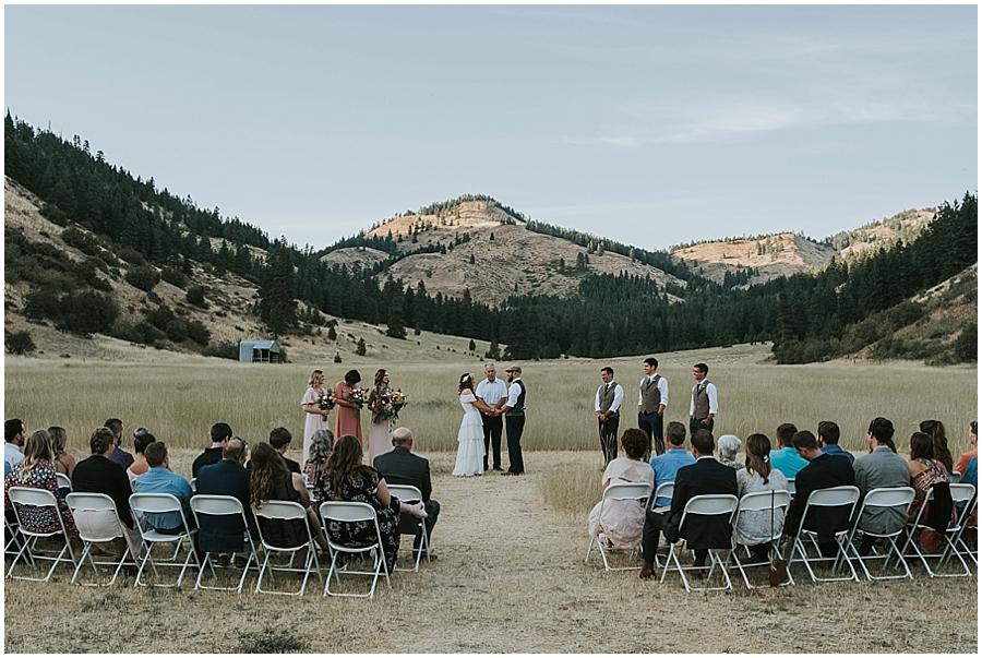 outdoor wedding Methow Valley