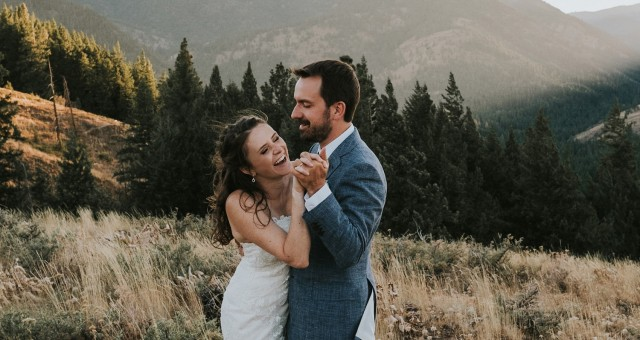 Timeline + Important Wedding Day Tips