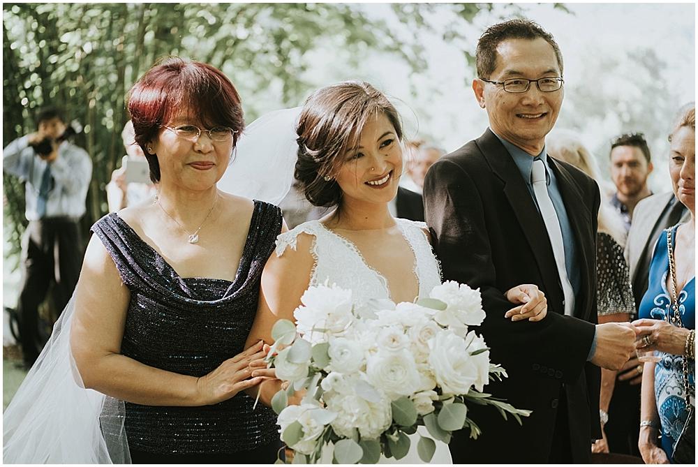 genuine organic wedding photographer